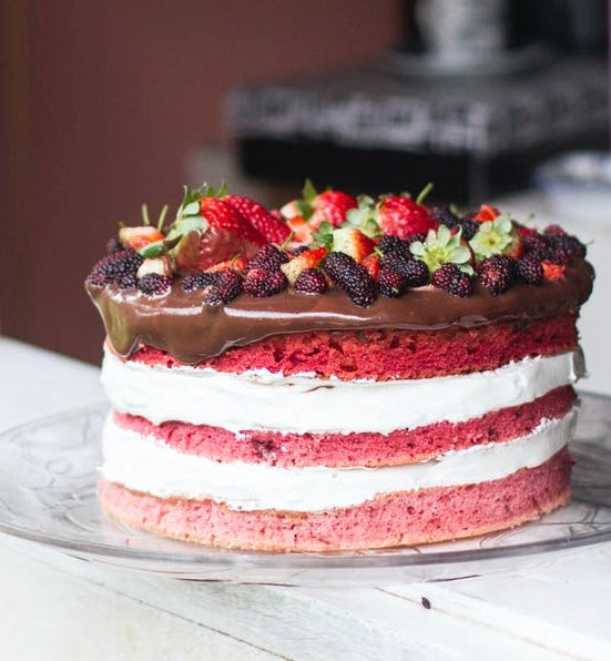 Raspberry Cake With Buttercream Frosting