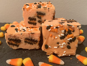Halloween Oreo Fudge - Bouchée Douce Bakery