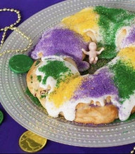 Load image into Gallery viewer, Mardi Gras King Cake - Bouchée Douce Bakery