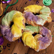 Load image into Gallery viewer, Mini King Cakes - Bouchée Douce Bakery