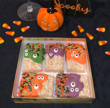 Load image into Gallery viewer, Monster Rice Krispie Treats - Bouchée Douce Bakery