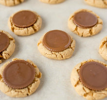 Load image into Gallery viewer, Peanut Butter Cup Cookies - Bouchée Douce Bakery