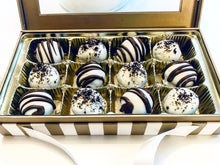 Load image into Gallery viewer, Oreo Truffles