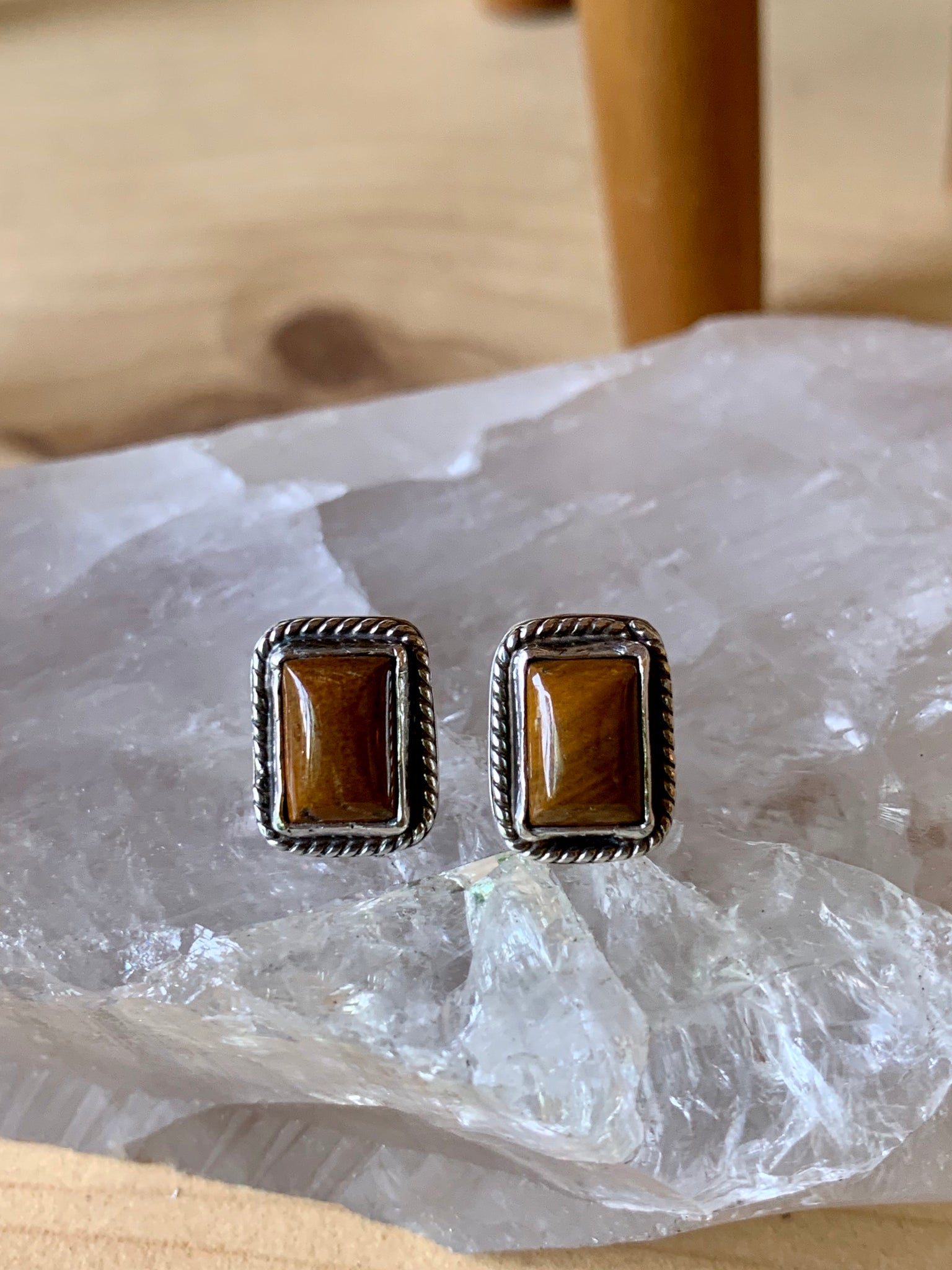 Brown Onyx with detail