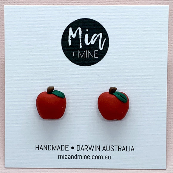 'Mia' Red Apples