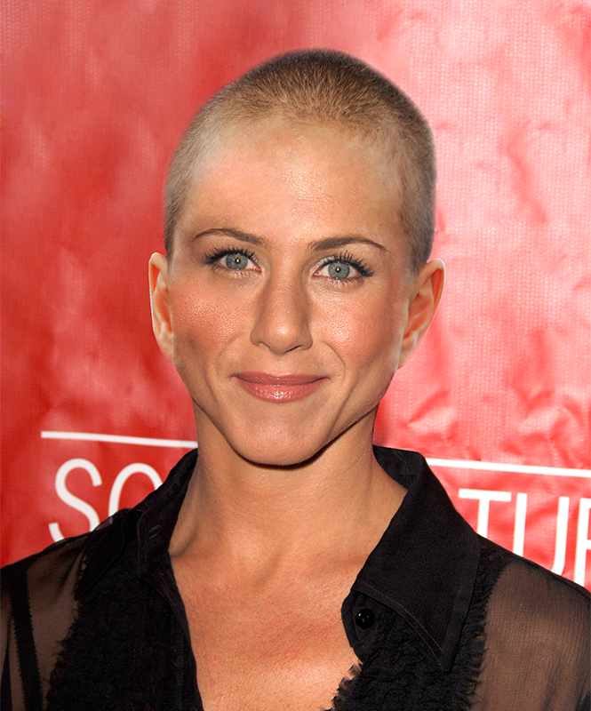 Jennifer Aniston cuts her hair for a new movie role