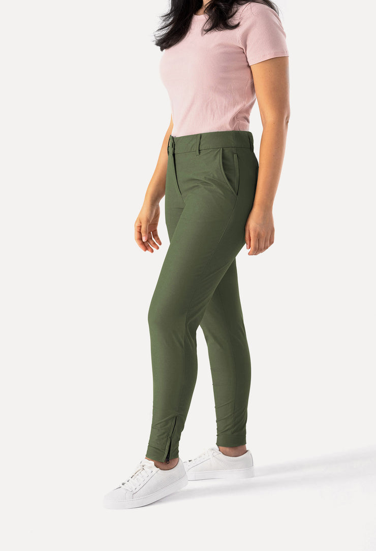 Peggy Pant Professional Jogger in Olive Green