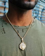 Gold Vegeta Pendant Necklace