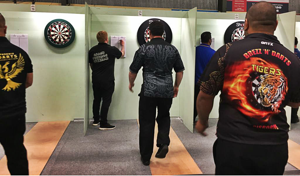 Sportsmanship: the good sport's guide to playing darts