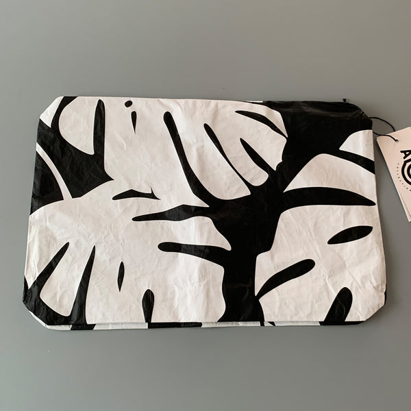 Aloha Collection: Monstera Black/White Mid Pouch