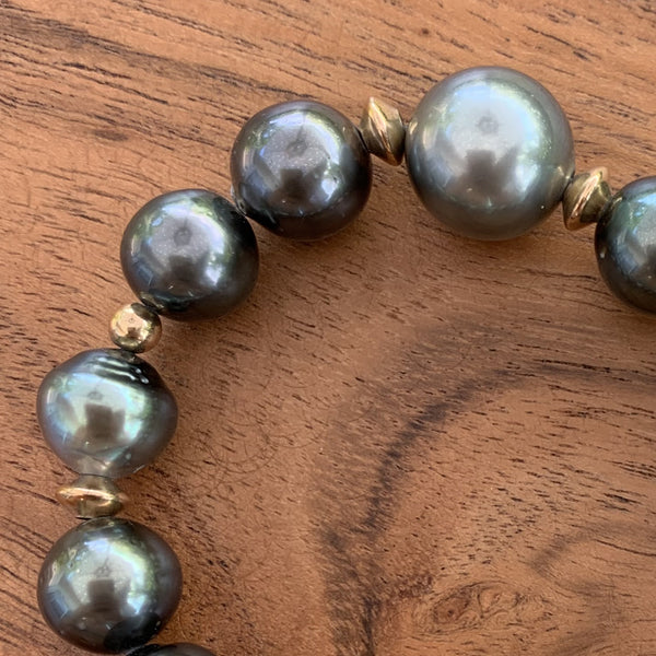 Elastic Tahitian Pearl Bracelet with Gold Filled Spacers.