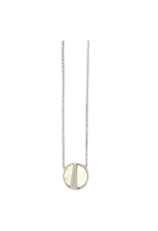 Lark Round Pendant - Mother of Pearl (Silver)