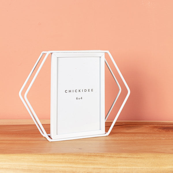 White Hexagonal 6 x 4 Frame