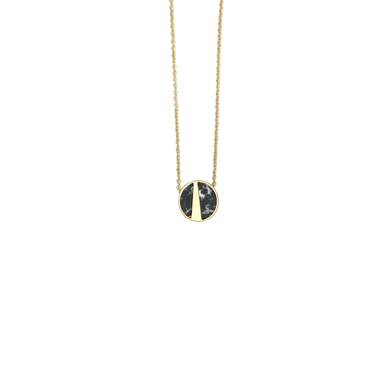 Lark Pendant Necklace with black stone marble - Gold