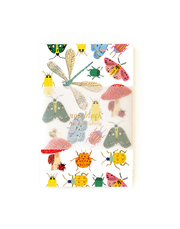 Bug collection noteblock with magnetic closure