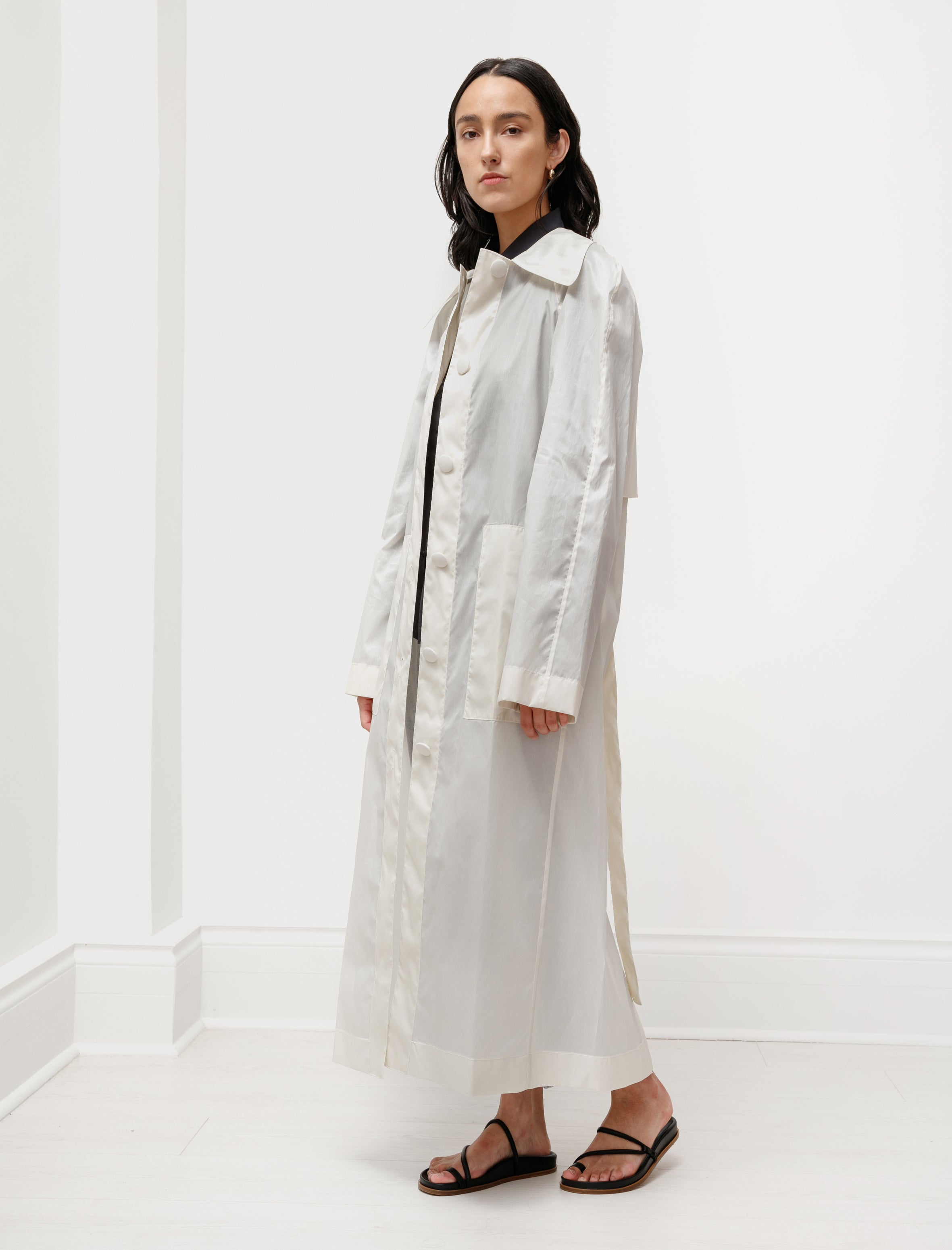 Lemaire Womens Waxed Trenchcoat Ivory