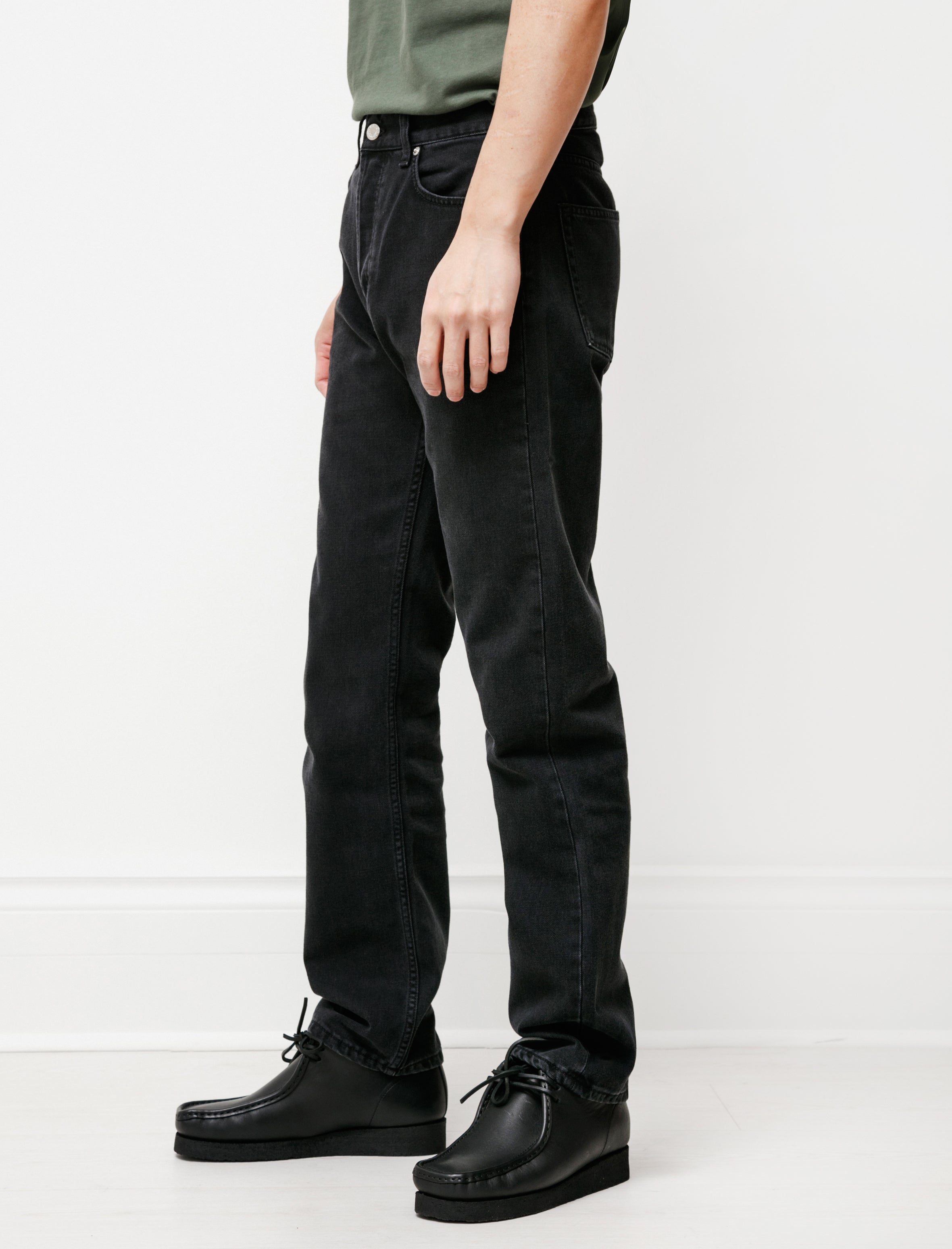 Sefr Straight Cut Jeans Rinsed Black