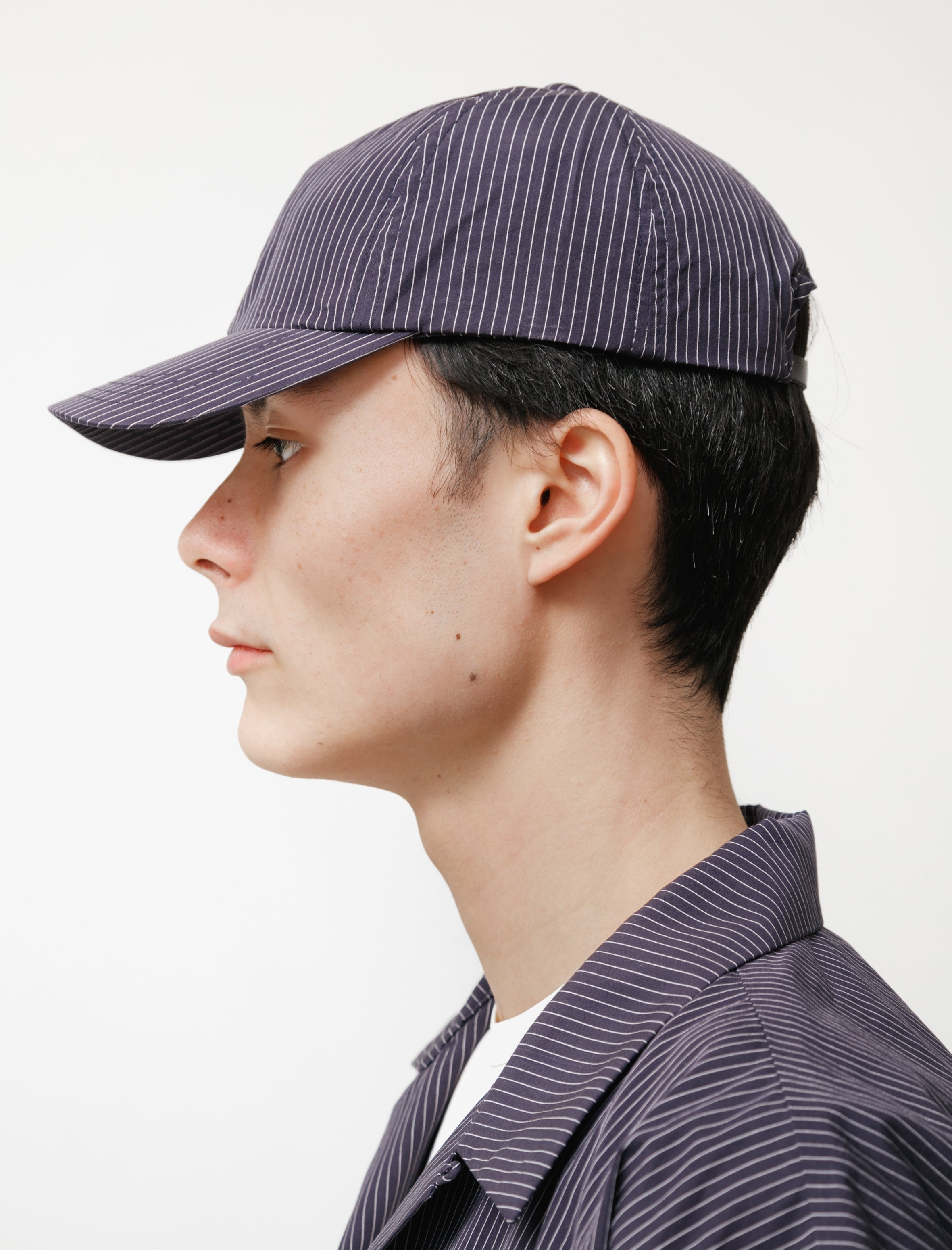 MAN-TLE R10 Six Panel Cap Pinstripe