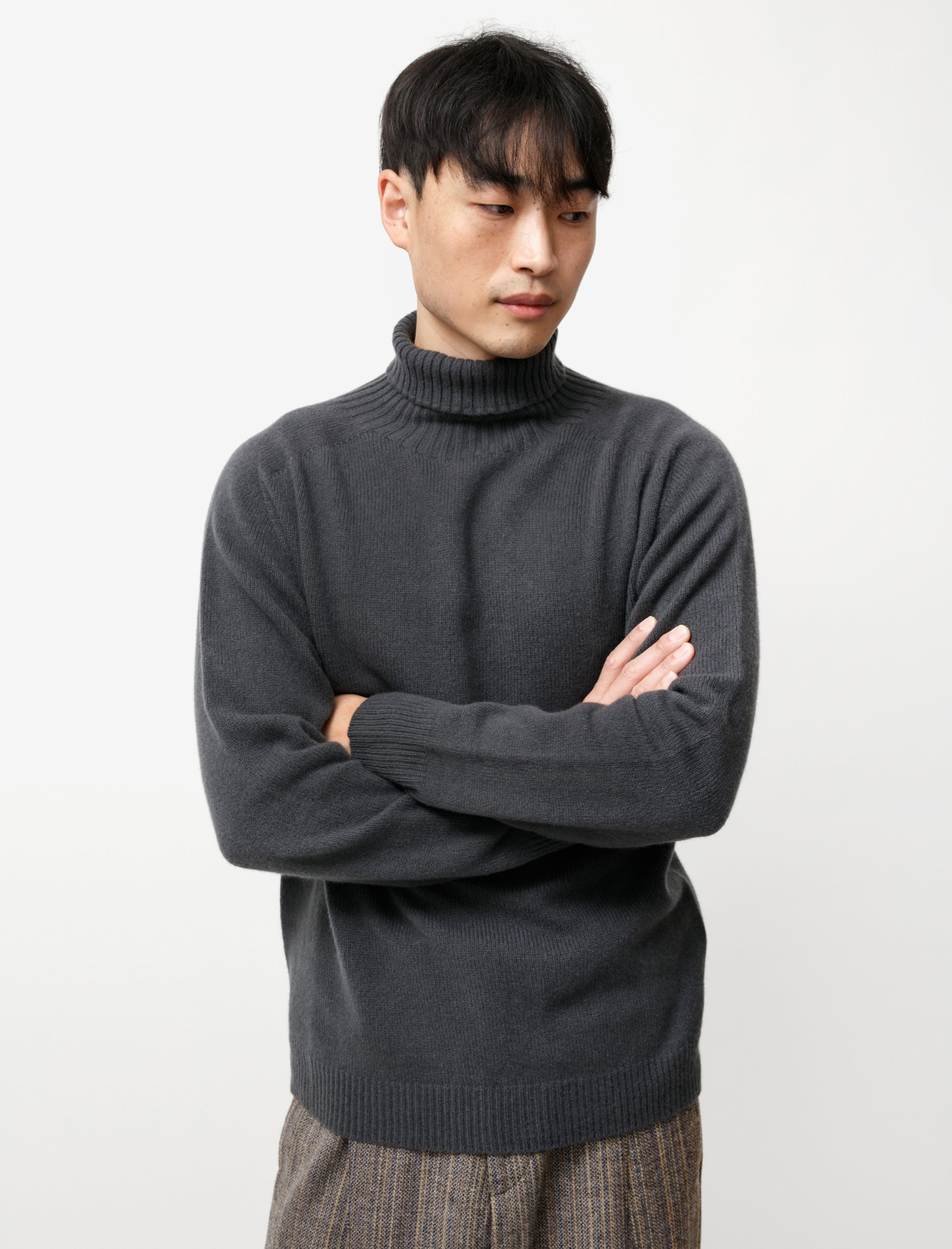 Margaret Howell Relaxed Roll Neck Merino Cashmere Carbon