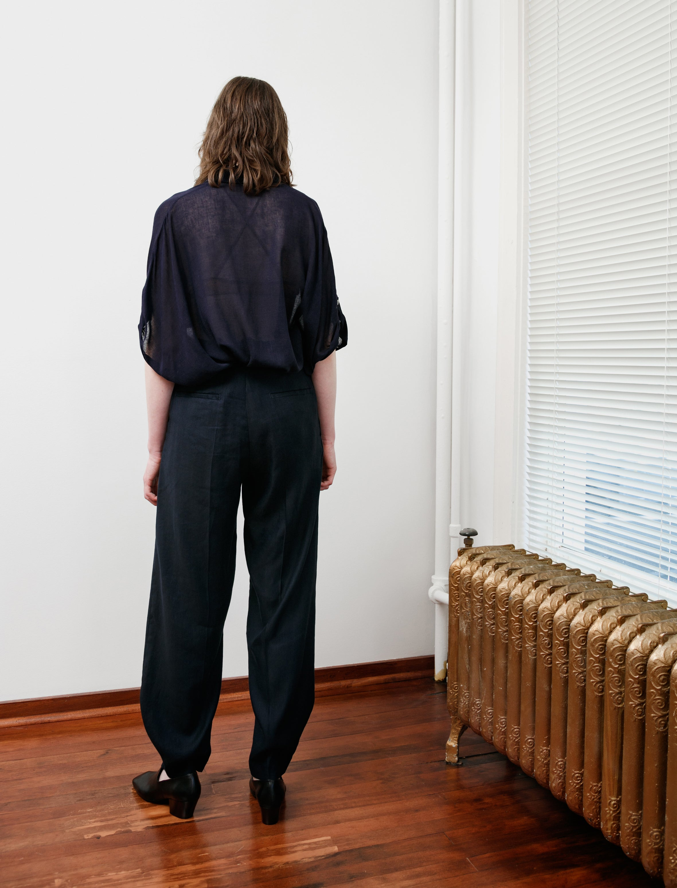 Y's by Yohji Yamamoto Rounded Hem Linen Trousers Navy