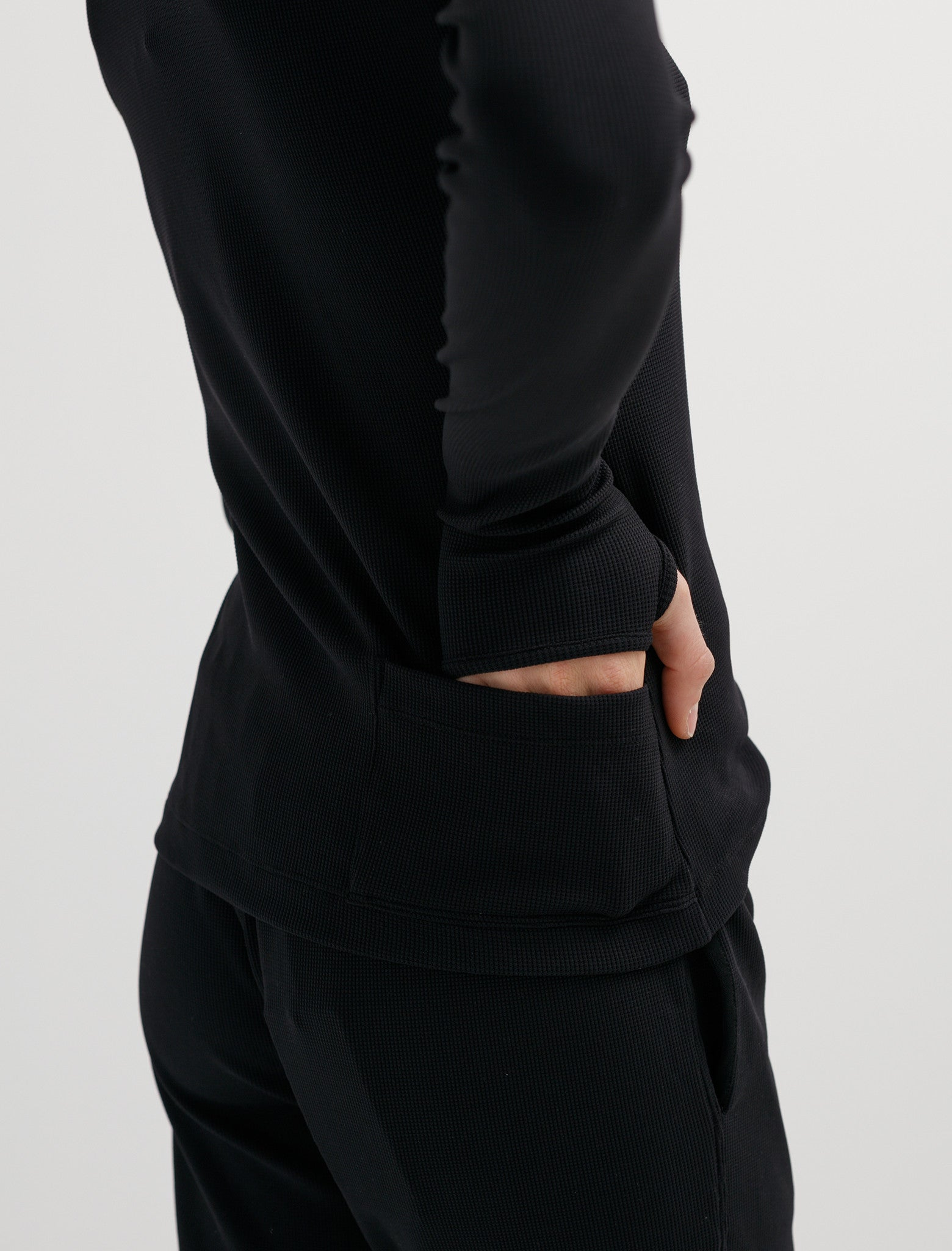 Haku Top Black