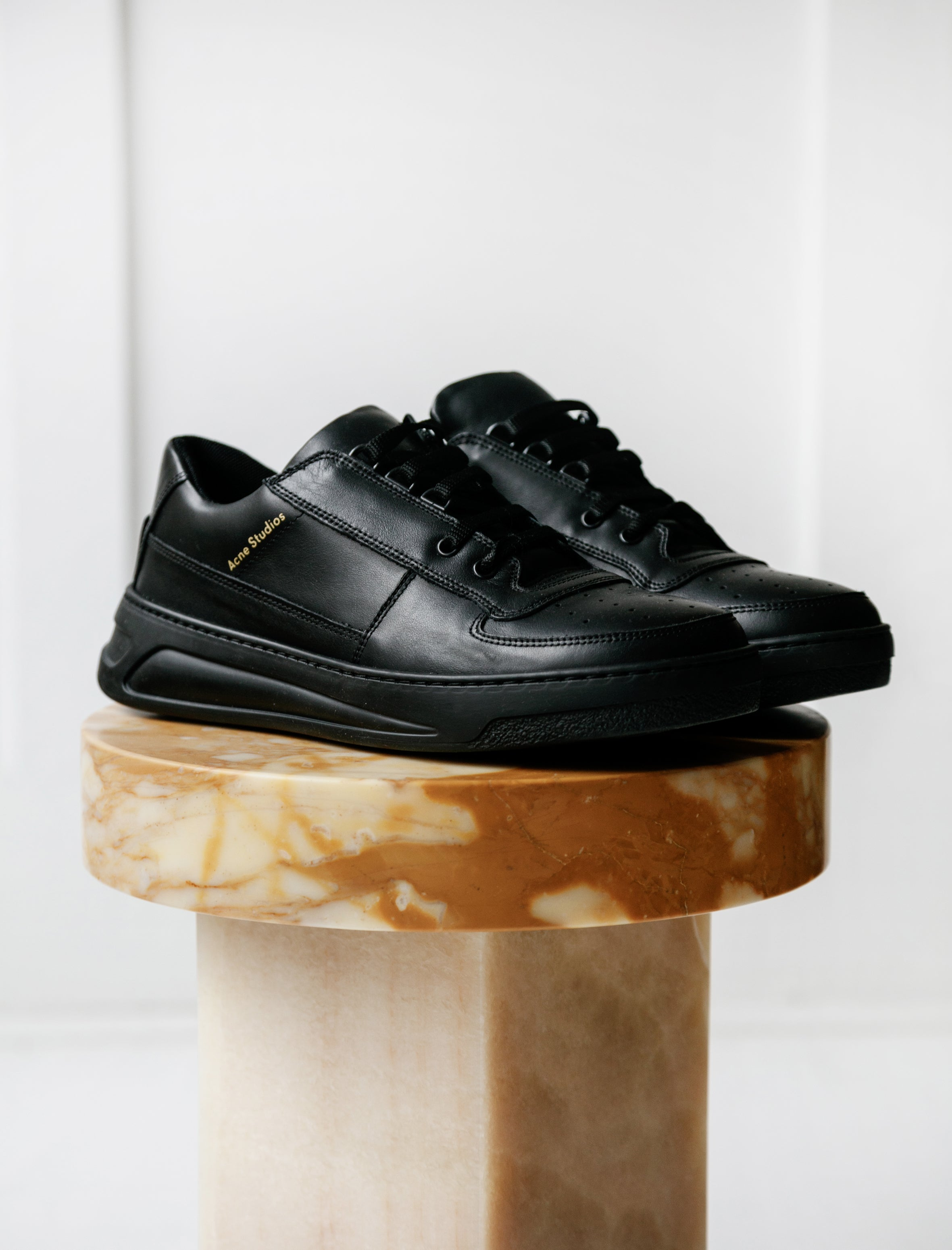 Acne Studios Perey Lace Up Black