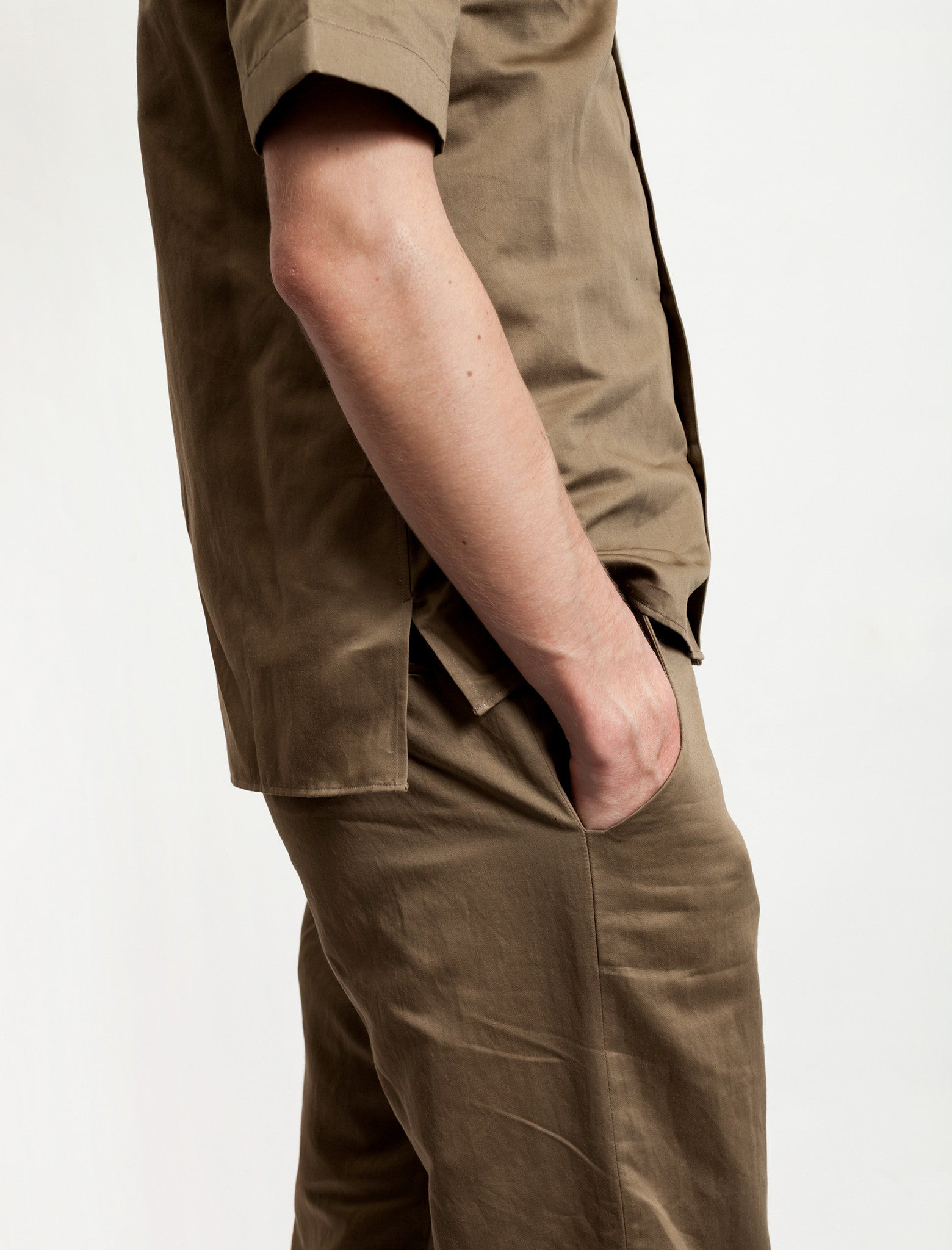1205 Elasticated Cuff Trouser Khaki