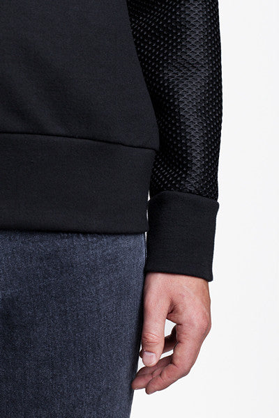 Mesh Sleeve Crew Black