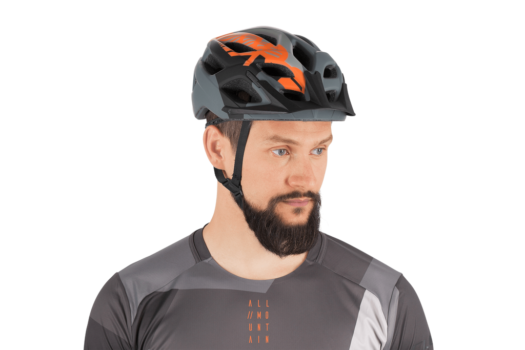 Casco PRO Black Orange