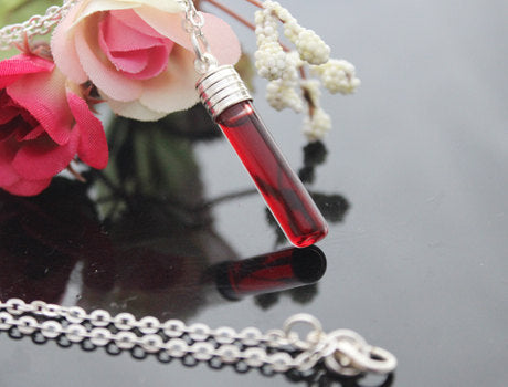 Dragons blood Vial (Necklace)