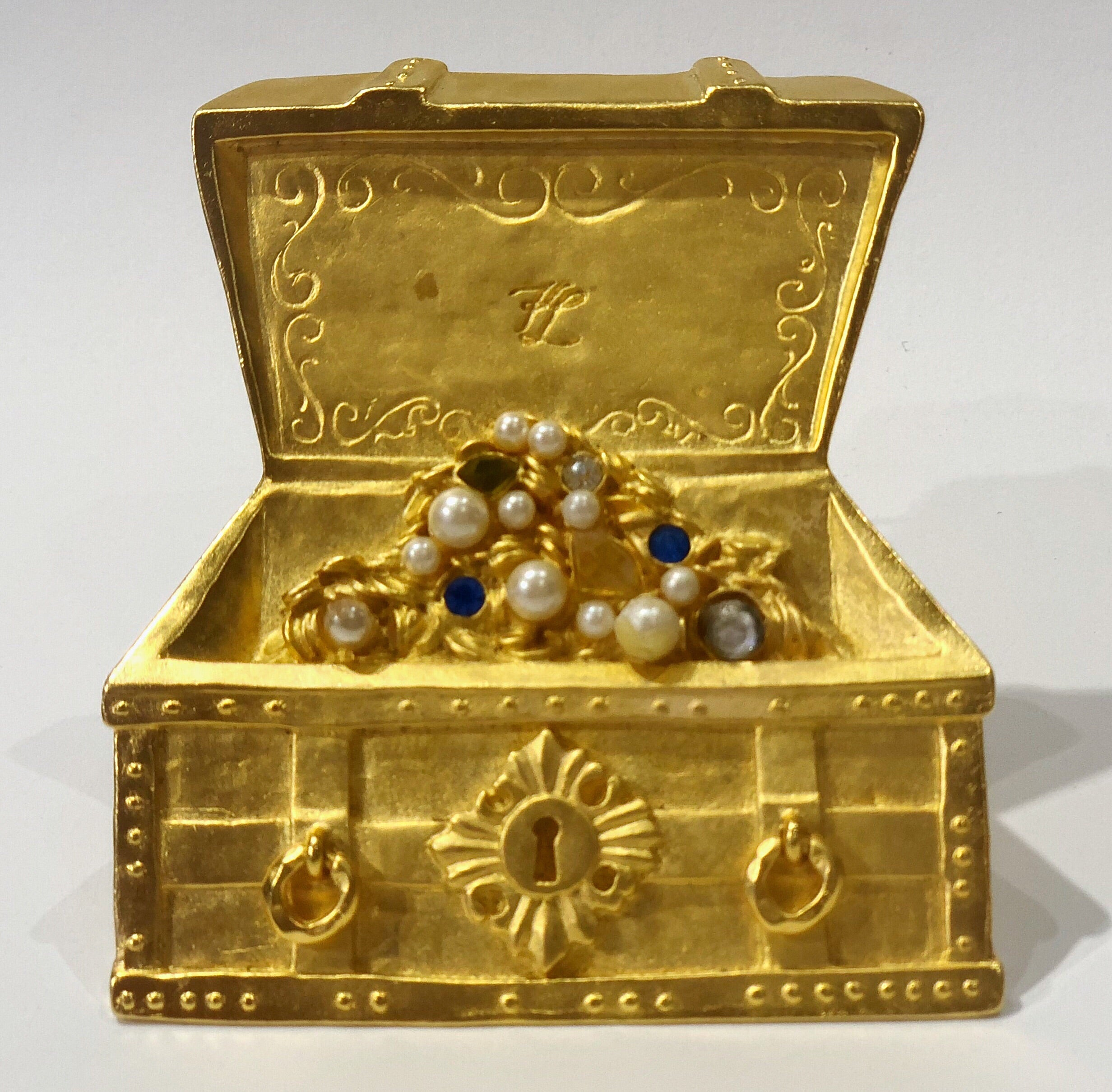 Karl Lagerfeld treasure chest brooch