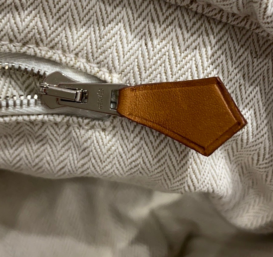 Hermès Canvas Fourbi 25
