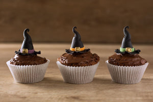 Healthy Keto Halloween Cup Cakes.