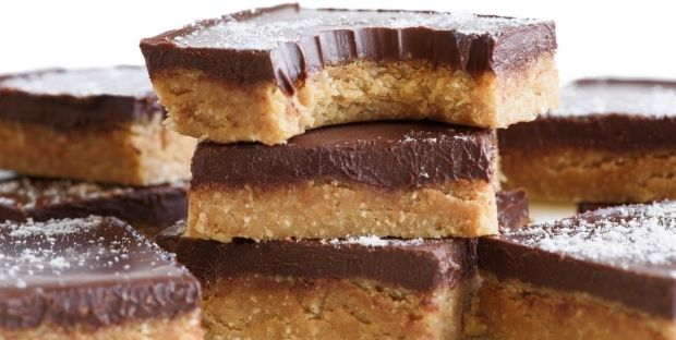 PEANUT BUTTER CHOCOLATE BARS low carb