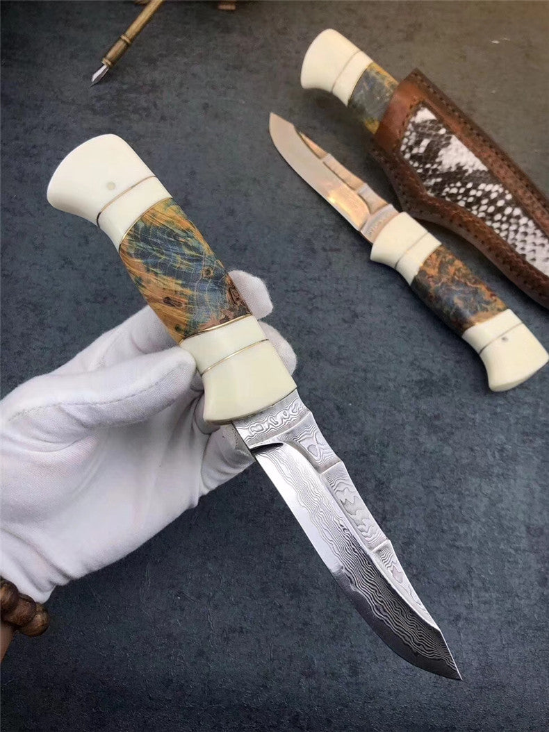 The Liberty Damascus steel fixed blade