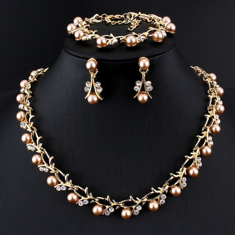 Romantic Faux Pearl and Rhinestone Jewelry Set