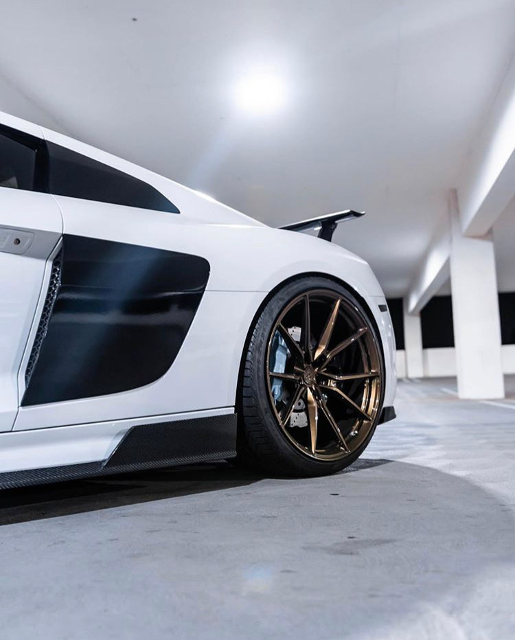 AUDI R8 V10 1016 INDUSTRIES - SIDE SKIRTS