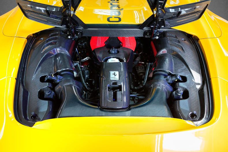 FERRARI 488 CAPRISTO - ENGINE BAY SIDE COVERS (CARBON)