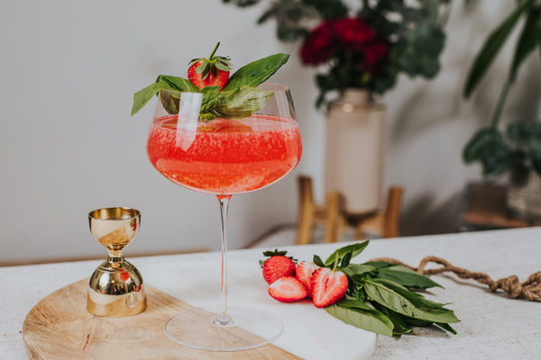 Mindful cocktails - Pink Gin Affair