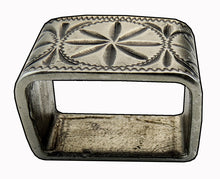 Load image into Gallery viewer, 121019-Abilene Bronze buckles by Horse Shoe Brand tools