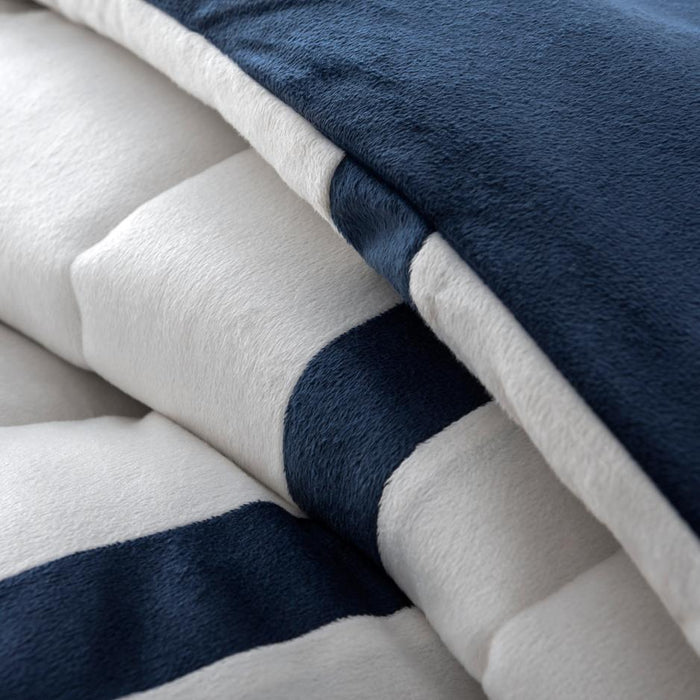 Top 5 Best Ways To Take Care of Your Bedding and Comforter