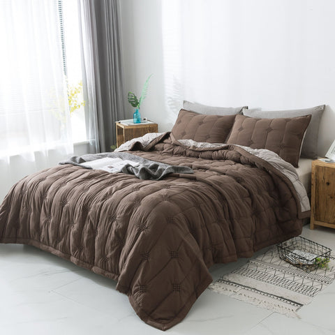 Brown bedding set