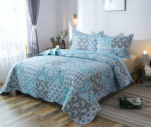 Kasentex Country-Chic Printed Pre-Washed Quilt Set. Microfiber. Airy Blue