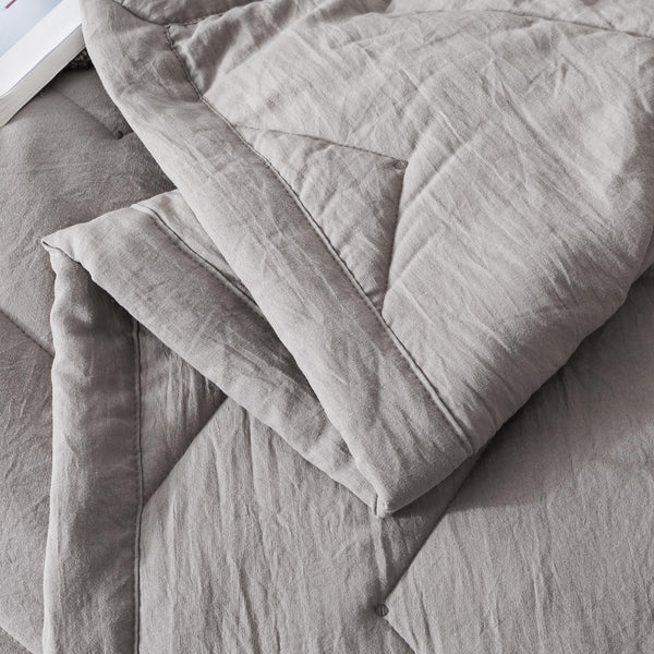 Kasentex Luxurious Softest Quilt Set with Contemporary Horizontal Chevron Design