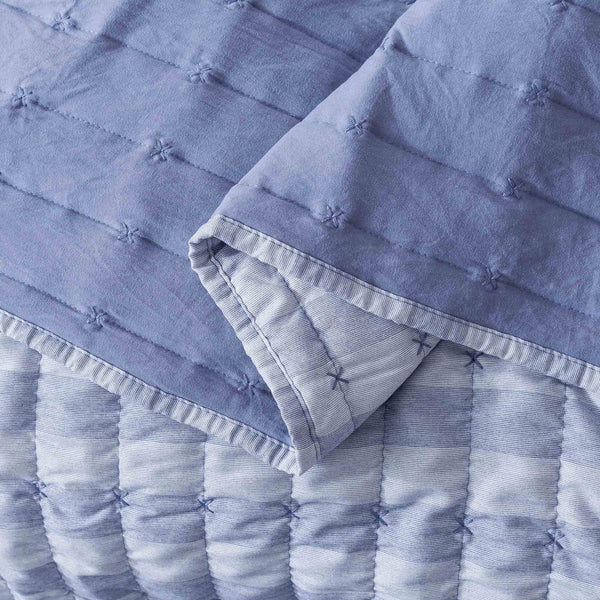 Kasentex Luxury Soft  Prewashed Technique Quilt Set with Box and Stripe Design, Reversible with Shams - Kasentex