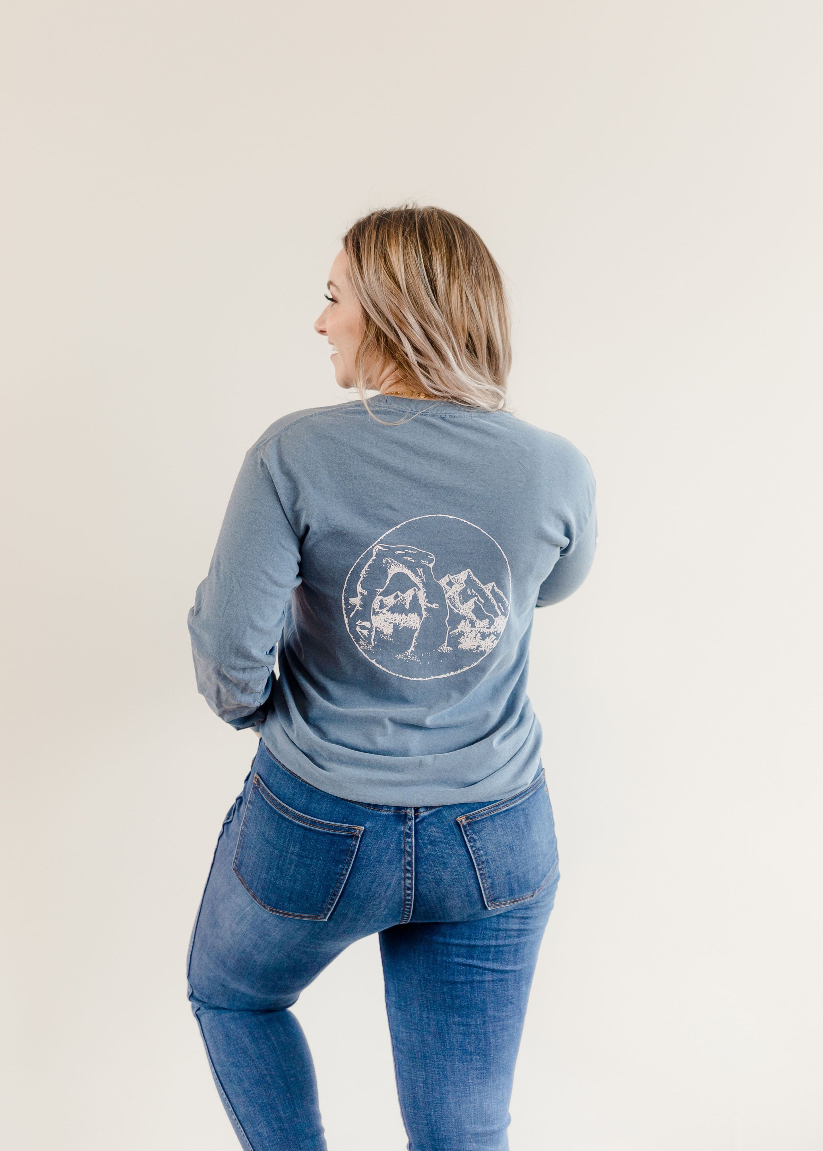 UTAH Long Sleeve T-Shirt - Shop Back Home