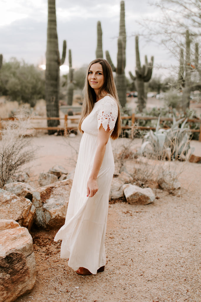 Erin Lace Maxi in Oatmeal