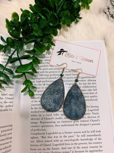 Teardrop Earrings (2 Colors)