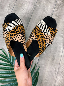 In The Jungle - Mule Sandals
