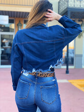 Load image into Gallery viewer, Crop Denim Jacket